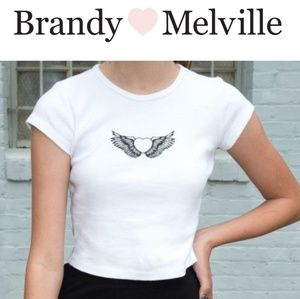 Brandy Melville cropped Top/Tee